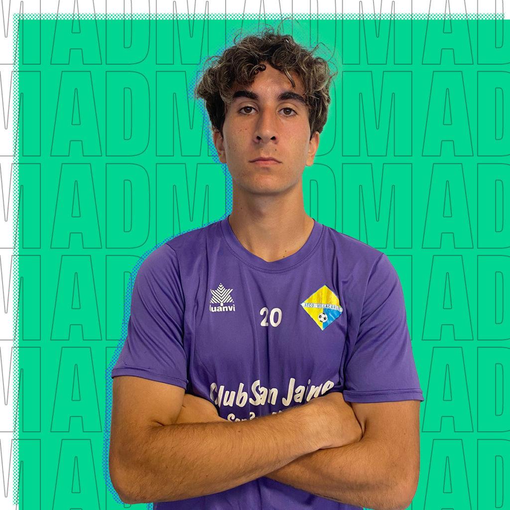Ethan López